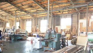 尾道市最大規模の木工場