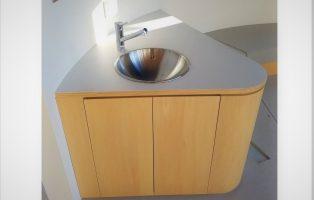 Rベンチ・手洗い・収納付ベンチの画像1